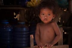12 - Pige i Kampong-Kheeang, Cambodja